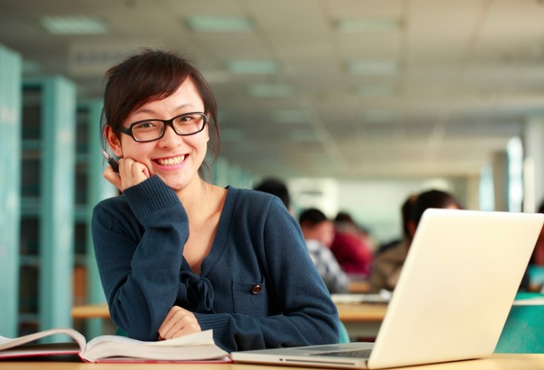 working college essay Colleges may want students to describe a significant work experience.